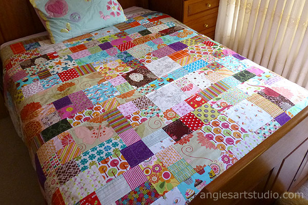 Patchwork patterns bedspread pattern