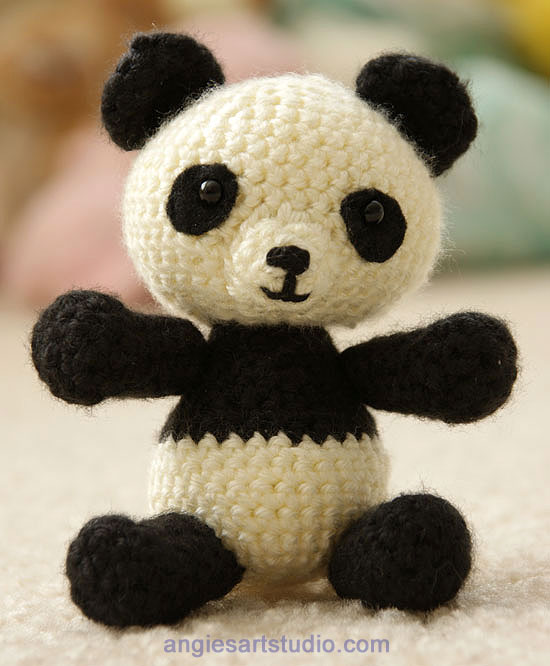 Amigurumi Animals For Beginners : Panda Bear Amigurumi Crochet Pattern Free! Angies Art ...